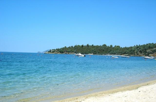 dionisiou_beach-640x419